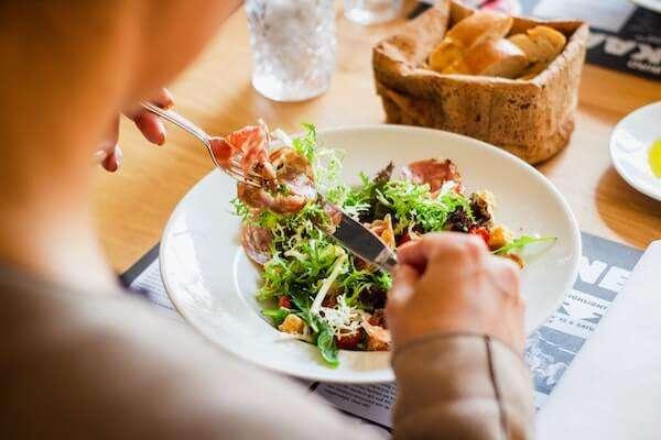 Diez dietas para perder peso. Sus pros y contras.